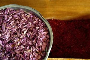 drasi krokinwn paragwgwn crocus sativus ygeia 2